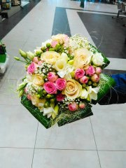 Bouquet_rond_135.jpg